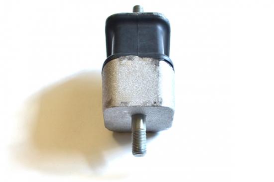 опора ДВС ГАЗ 3306-1001020