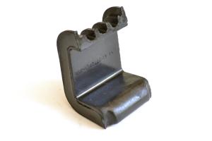 Нижняя опора радиатора  2101-1702060