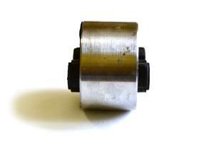 Шарнир боковой подушки двигателя 2108-1001046